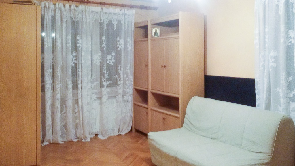 Сдается 1 комнатная квартира 5 мин. пешком от метро Чугуново